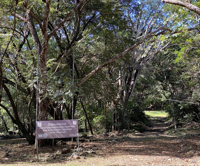 start trails in sector Murcielago Santa Rosa Nationaal Park